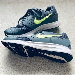Nike Shoes - Gray Nike's